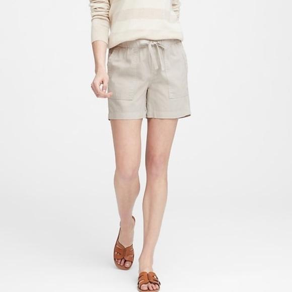 Banana Republic Pants - Shorts